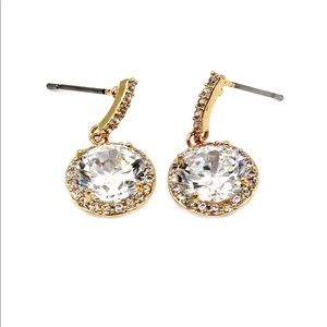 Ocean Fashion Jewelry - Simple gold large crystal earrings